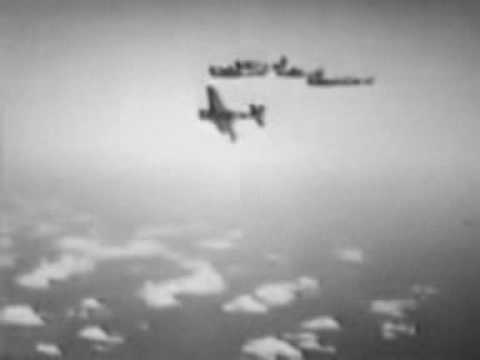 World War 2 Footage - D-Day, Bombers, Tanks, Beach Landing